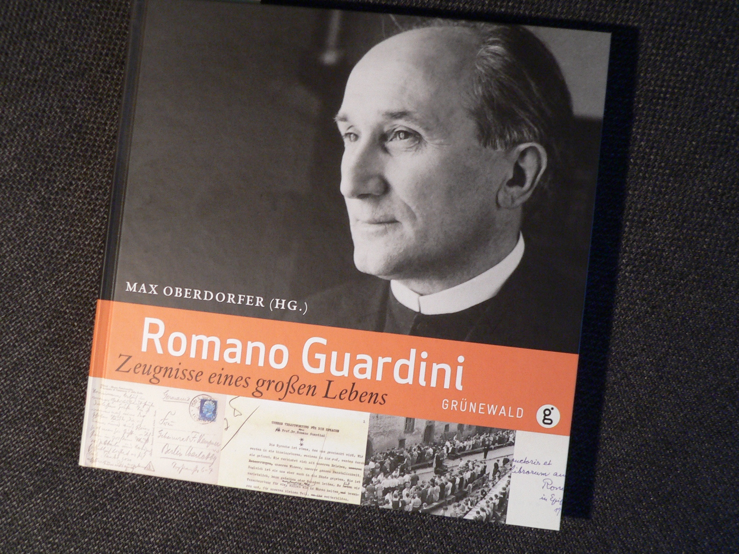 Guardini-Vita mit vielen Bildern | Repro: B. Schneider