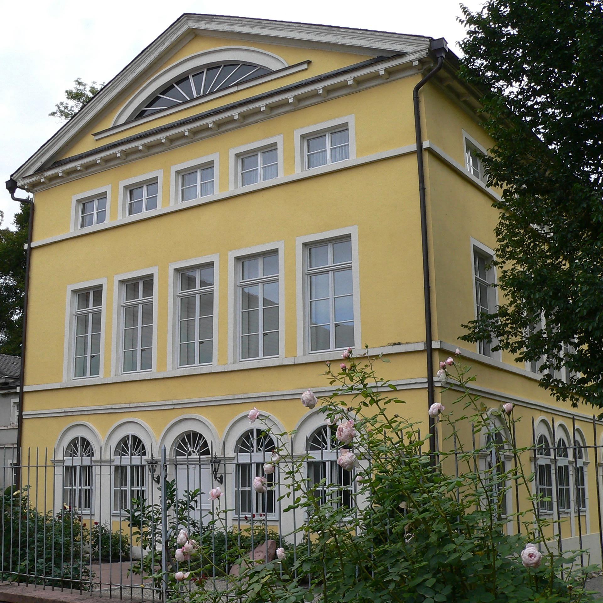 Schloss der Familie Wolfskeel in Uettingen.   Foto: B. Schneider