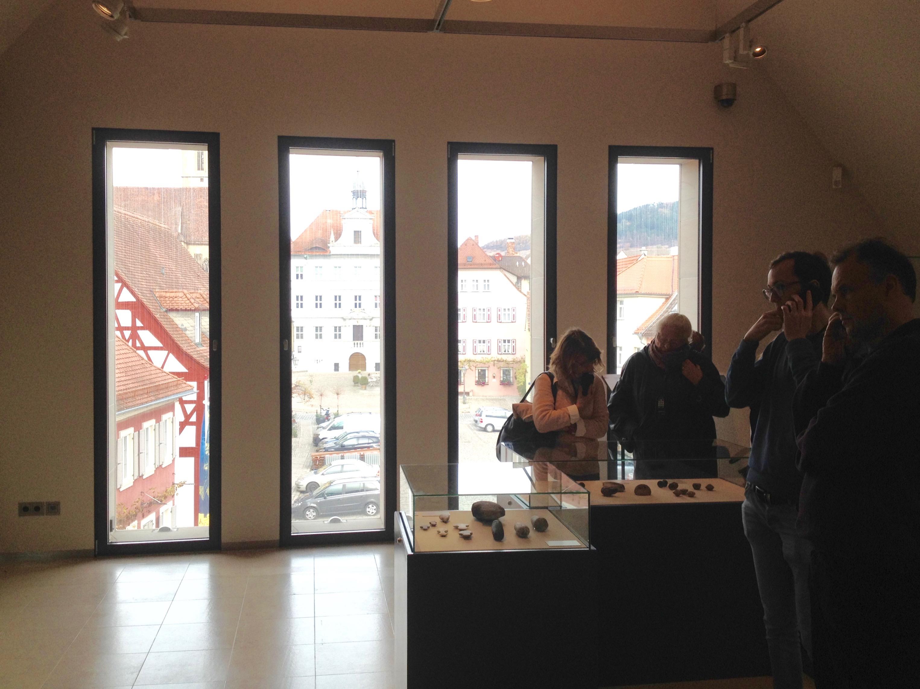 Per Audioguide werden die Besucher durch die Ausstellung gelotst.   Foto: B. Schneider
