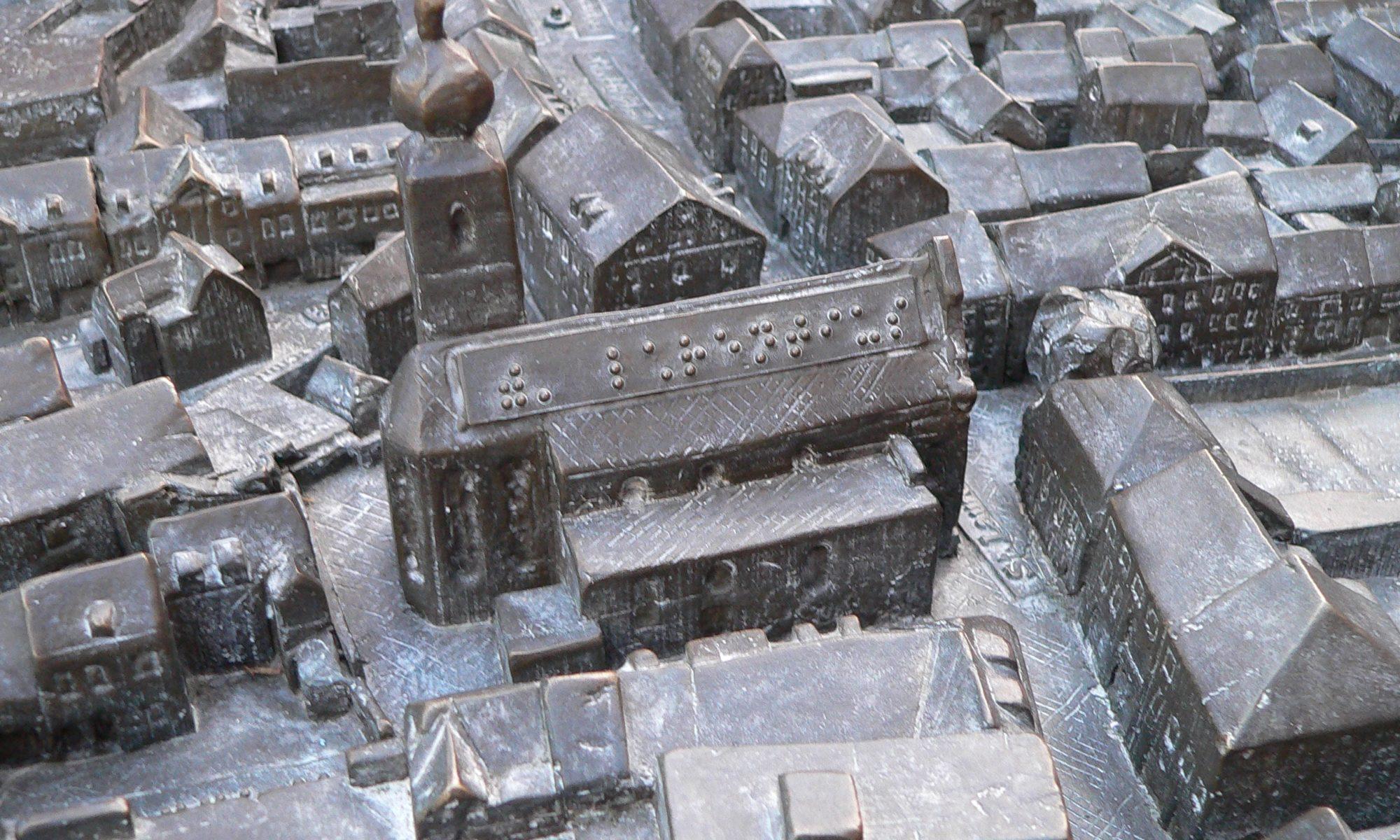 Stadtmodell von Marktheidenfeld mit Brailleschrift für Blinde. | Foto: B. Schneider