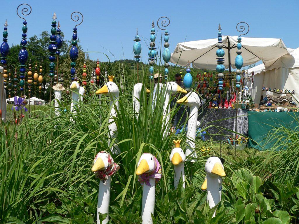 Fast 100 Aussteller beschicken die Kunst- und Gartenmesse auf dem Gelände der seinerzeitigen kleinen Landesgartenschau in Arnstein. Der Termin 2019: 15./16. Juni. | Foto: B. Schneider