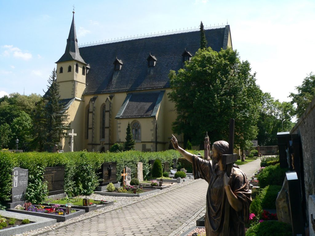 Pfarr- und Wallfahrtskirche in der Sondheimer Au in Arnstein. | Foto: B. Schneider