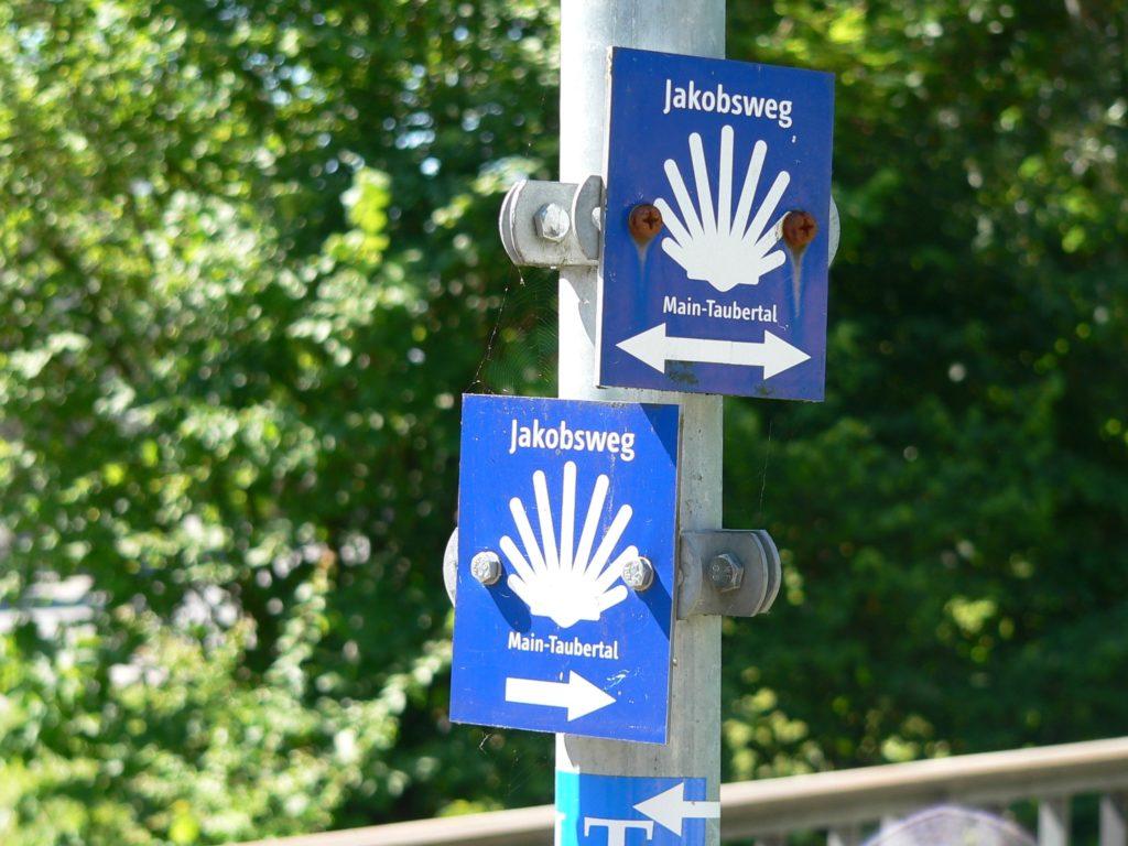 Rund 170 Kilometer führt der Jakobsweg durchs Taubertal. | Foto: B. Schneider