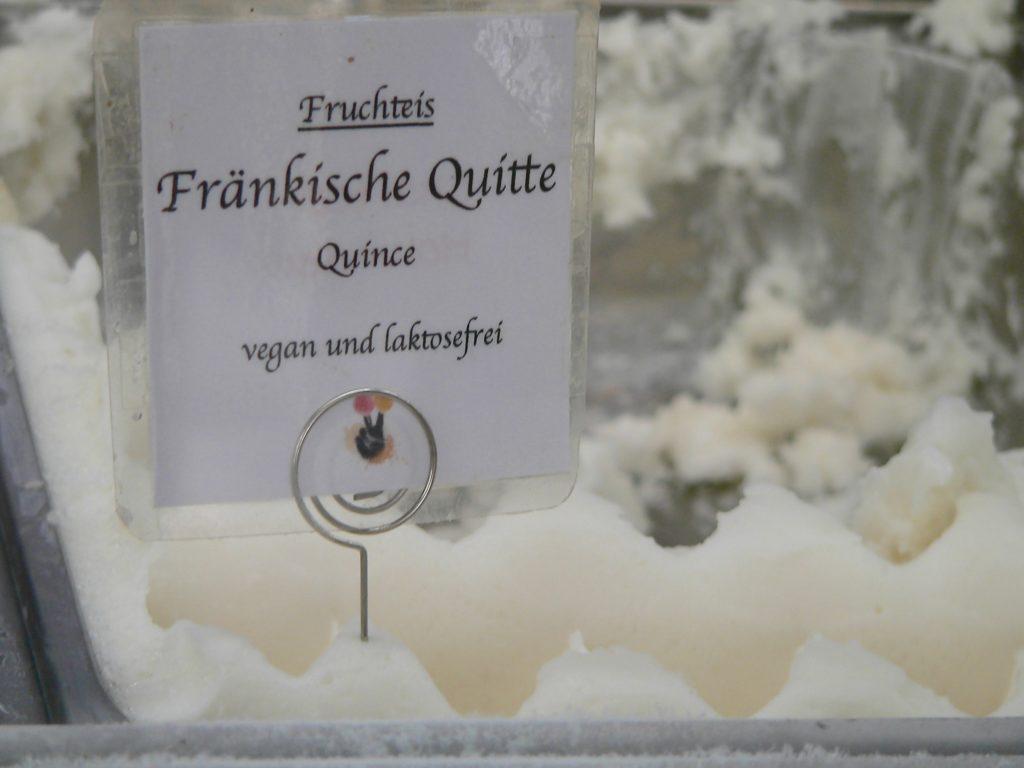 Das Faible für die Quitte findet seinen Niederschlag sogar beim Volkacher (Speise-)Eismacher.