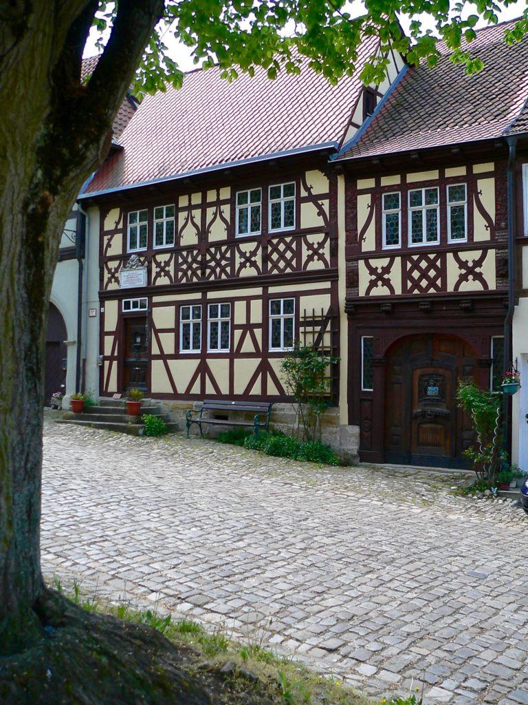 Das Geburtshaus des als Regiomontanus (der Königsberger) berühmt gewordenen Joahnnes Müller steht am Salzmarkt zentral in Königsberg. | Foto: B. Schneider