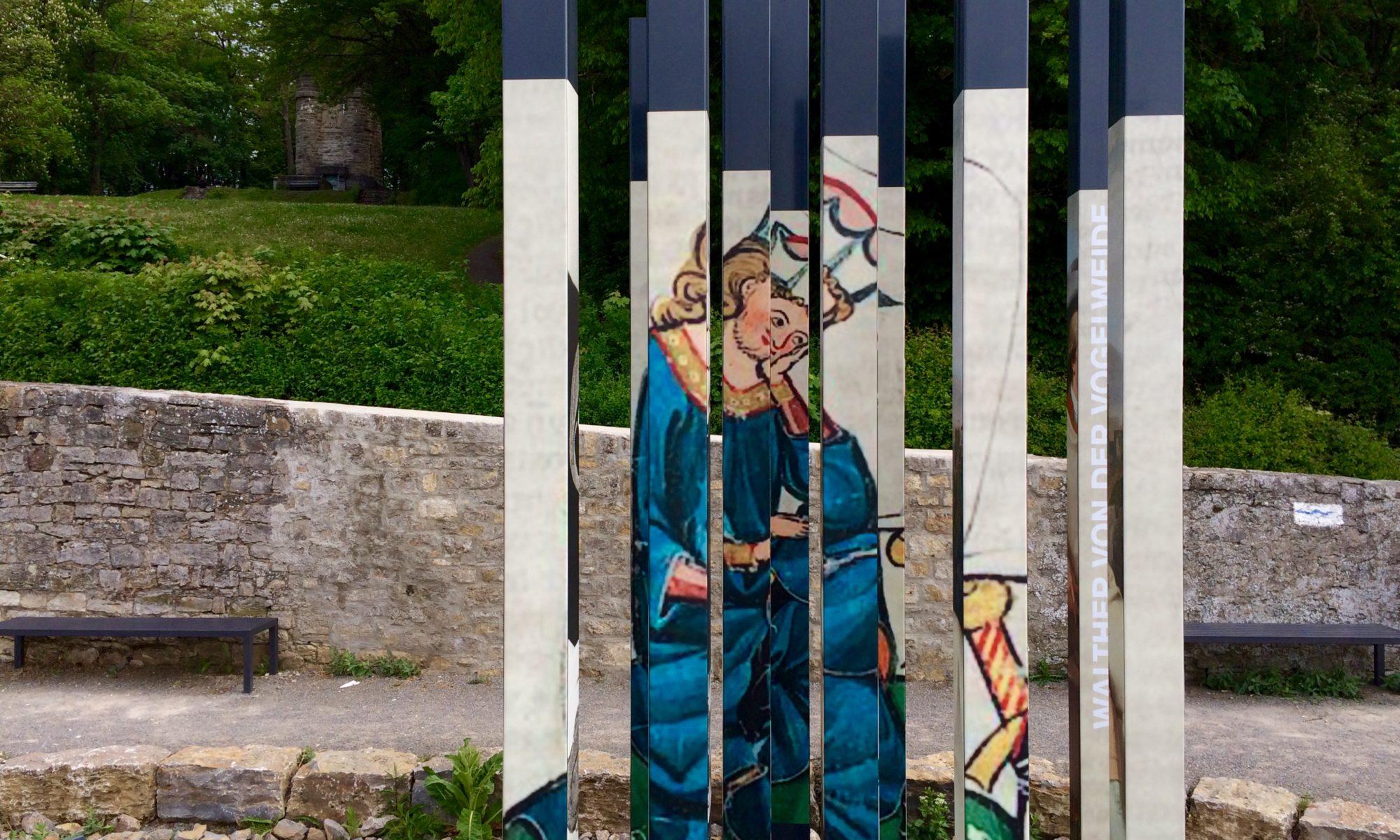 Literaturbalkon auf dem Würzburger Stein. | Foto: B. Schneider