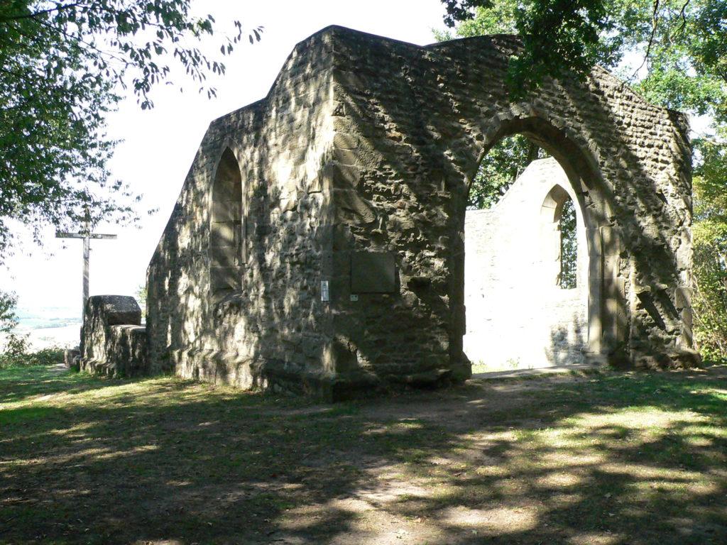 Ruine der Bullenheimer Kunigundenkapelle.