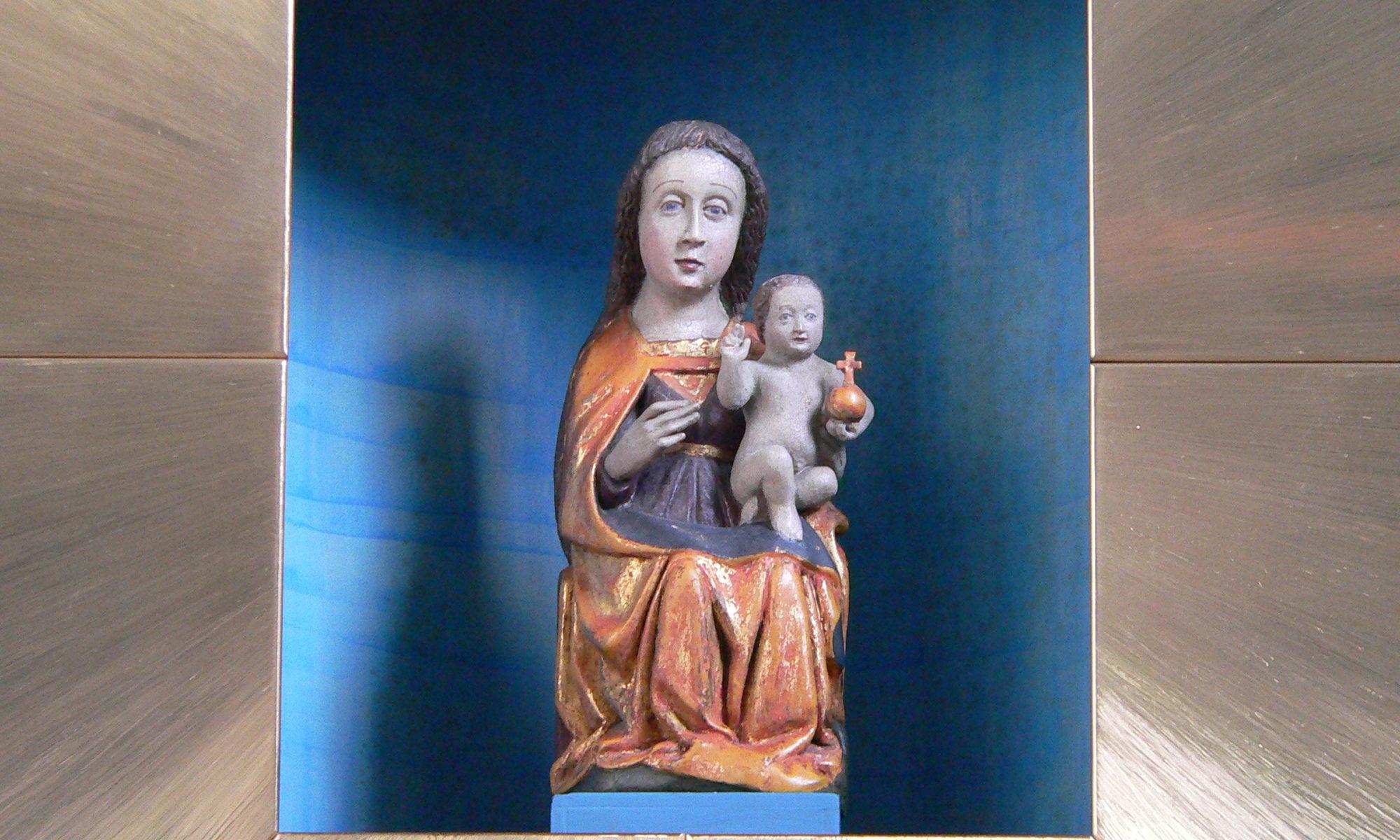 Das Gnadenbild der barmherzigen Gottesmutter Maria auf dem Ehrenberg in der Rhön. | Foto: B. Schneider